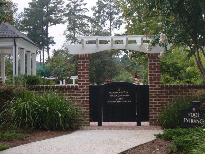 exterior-repaint-gates-fences-14